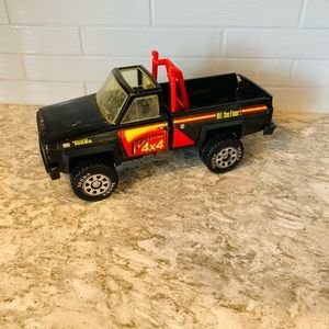 1983 Tonka Fearsome 4x4 Hit the Floor toy truck